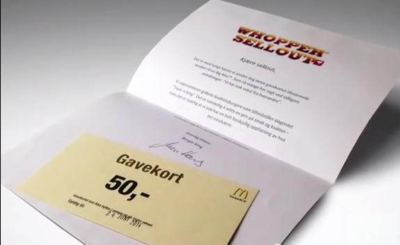 バーガーキング マクドナルドを配る