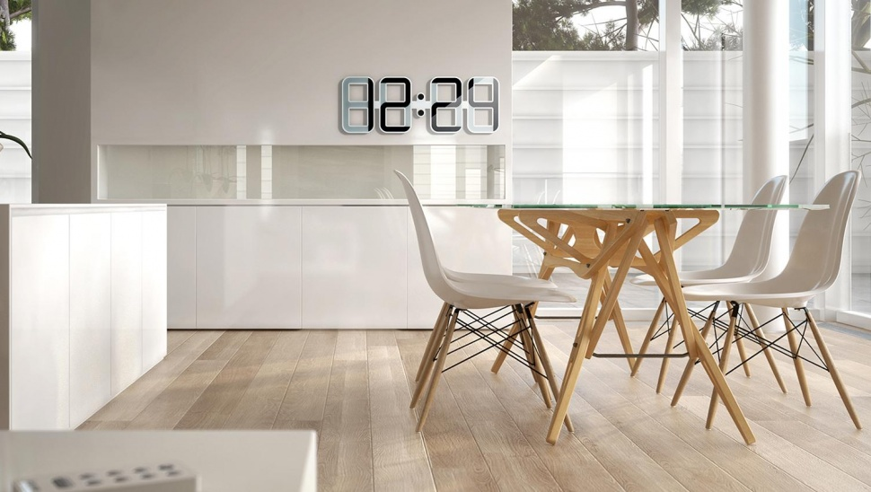 ClockOne シンプルでモダンなeinkを利用した時計