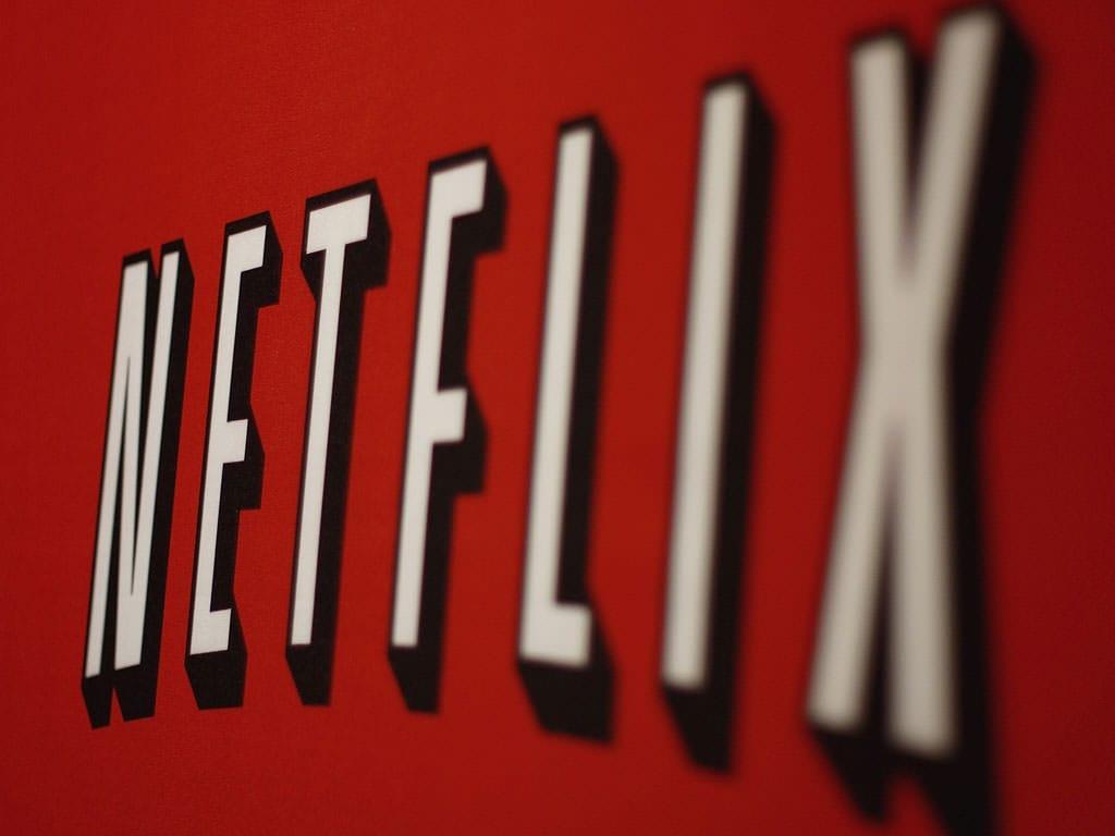 NetflixかHuluかAmazonプライムかどれがいいの?